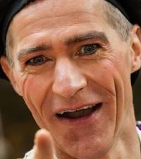Fritz Mack Uhlandstr. 15 90408 Nürnberg neue Adresse seit 21.6.2015 ! Tel: 0170 / 58 70 228 - csm_ZirkusPortrait4653-S_Ausschnitt_b18568e9de